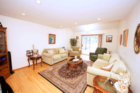 15-Family Room-3-Desmet-Ave