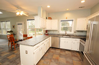12-Kitchen-598 Edison Dr