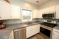 13-Kitchen-598 Edison Dr