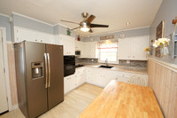 8-Kitchen-12 Frandsen Ave