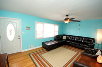 5-Living Room-12 Frandsen Ave