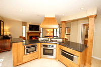 18-Kitchen-703 Sayre Dr