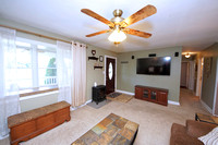 12-Living Room-2260-Old-York-Rd