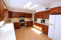 15-Kitchen-950-Windsor-Perrineville-Rd