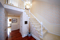 7-Foyer-950-Windsor-Perrineville-Rd