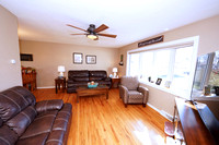 4-Living Room-28-Heather-Dr