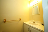 14-Half Bathroom-24 Cheverny Ct